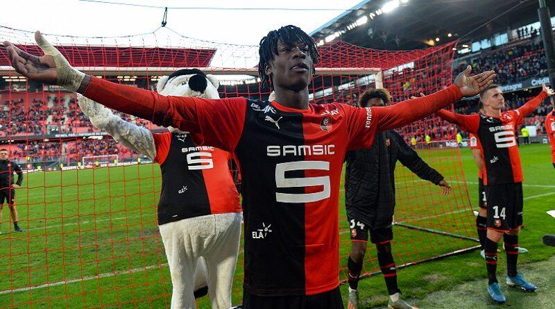 Camavinga com a camisa do Rennes