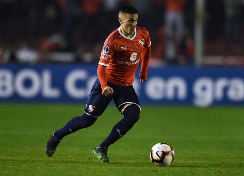 Milan negocia a contratação de jogadores latinos   Mercado ...