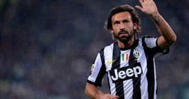 Com Sarri demitido, Pirlo pode ser o treinador da Juventus