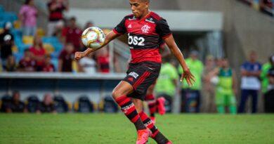 Flamengo encontra problemas em negociação de renovação do Pedro Rocha