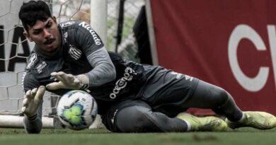 """Para João Paulo, Santos """"tem tudo"""" para avançar à próxima fase"""