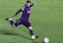 Tiago Volpi supera falhas e se firma no gol do São Paulo