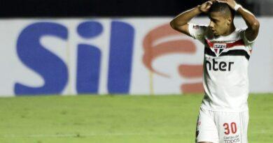 São Paulo empata em casa com o Coritiba e perde a chance de voltar a liderança