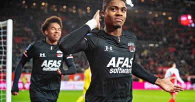AC Milan junta-se à disputa por Myron Boadu